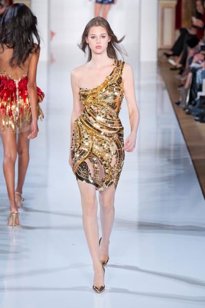 Vestido asimétrico Dorado Yudashkin