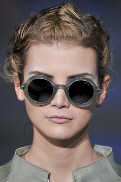 YesWeTrend. Gafas de sol montura Redonda, Giorgio Armani.