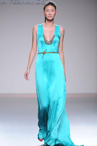 Moda primavera verano 2013: azul turquesa