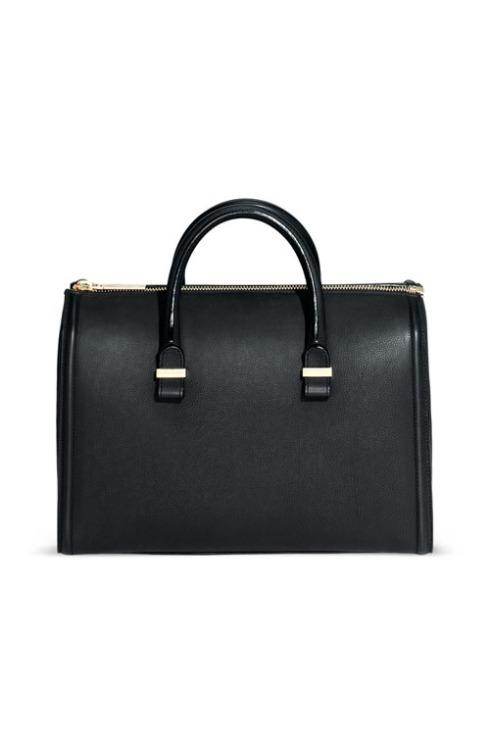 Moda it: Nueva colección de bolsos de Victoria Beckham