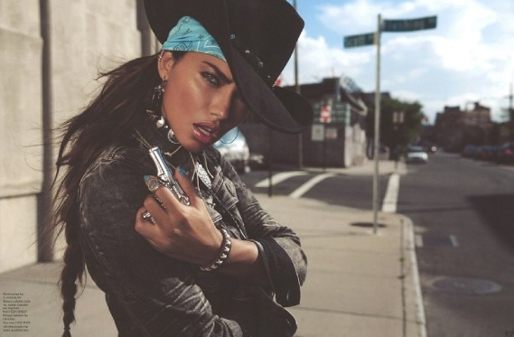 Adriana Lima para Garage Magazine Otoño Invierno 2013-2014