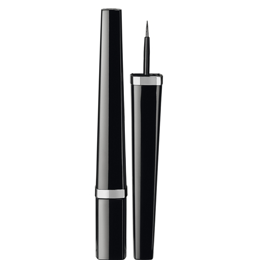 Chanel eye liner graphic noire