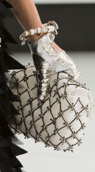 Chanel Spring 2016 clutch